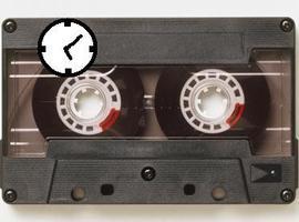 CassetteTapeClock